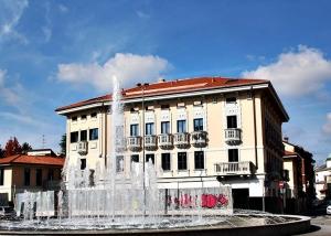 Ricostruzione Gallarate dopo - restauro facciate