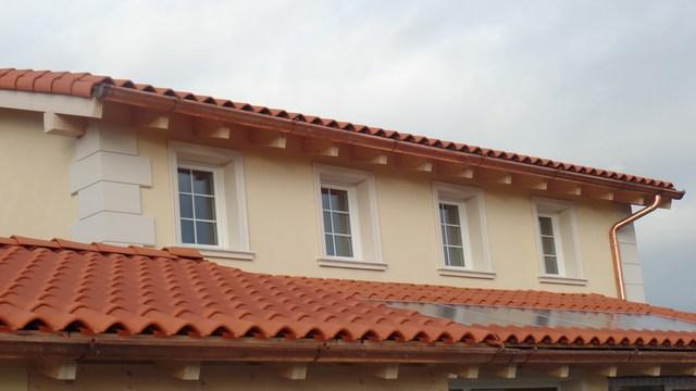 Cornici decorative in polistirolo per finestre